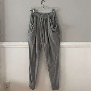 gray joggers size M